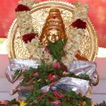 Aarti and Homa: Chuttuvilakku (Ayyappa)