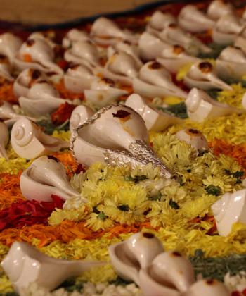 Shankhabhishekam (Shankha Abishekam) : The Conch Shell Abishekam