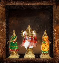 AstroVed Ganesha with Siddhi and Buddhi Temple