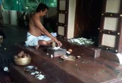 Sarva Aishwarya Muttu